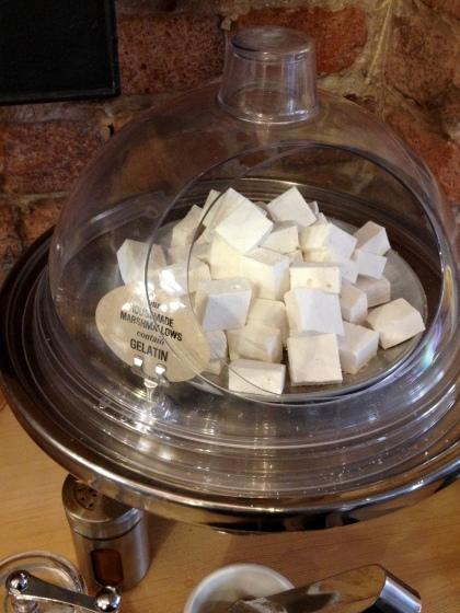Dandelion marshmallow bowl